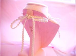 garter ribbon chocker